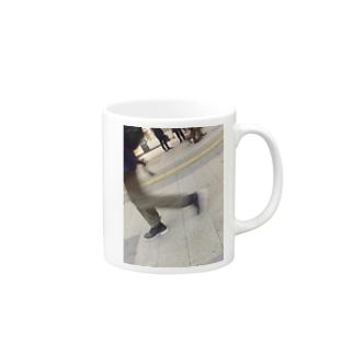 歩く。 マグカップ