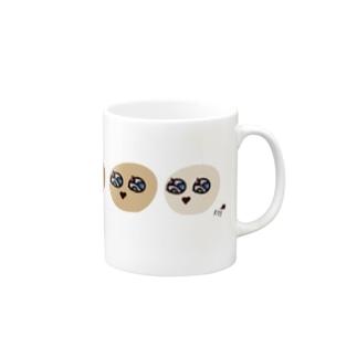 イロイロべいべー Mugs
