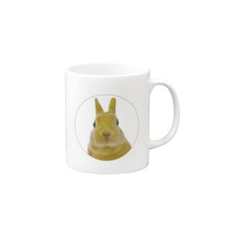【うさぎのふゆちゃん】見つめてる Mugs