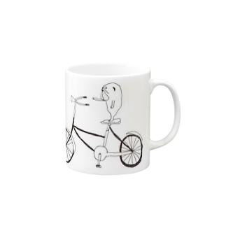 届くかな Mugs