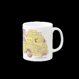 おやまくまオフィシャルWEBSHOP:SUZURI店のドライブおやまくま Mugsの取っ手の右面