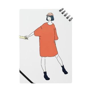 手をひくTシャツワンピ ノート
