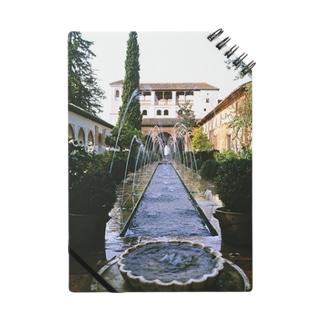 スペイン:アルハンブラ宮殿のアセキアの中庭 Spain: Patio de la Acequia/ la Alhambra/ Granada ノート