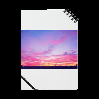 DOLUXCHIC RAYLOのPink Sunset sky Notes