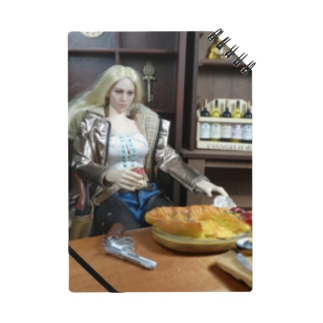 ドール写真:食事をしているブロンドのガンファイター Doll picture: Blonde gunfighter Notes