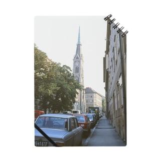 オーストリア:教会が見える通りの風景 Austria: Church in Wien Notes