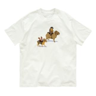 ねずりすSHOPの乗カピバラするマーモットと乗マーラするリス Organic Cotton T-Shirt