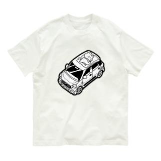 車の上でお昼寝をする猫 Organic Cotton T-shirts