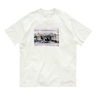 polka dots maya Organic Cotton T-shirts