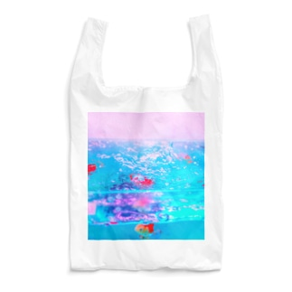 NEON LIGHT STARSの胸に金魚鉢を抱える Reusable Bag