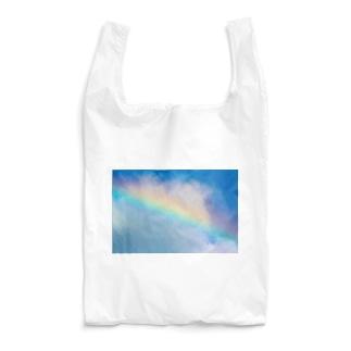 Rainbow carrying happiness Reusable Bag