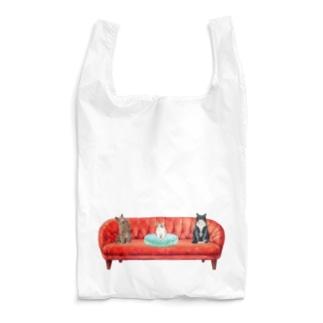 新入りと古参の緊張感溢れるソーシャルディスタンス(社会的距離)。 Reusable Bag
