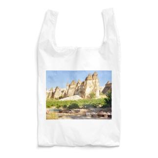 トルコ:カッパドキアの妖精の煙突 Turkye: Fairy Chimneys rock formation near Göreme, in Cappadocia Reusable Bag