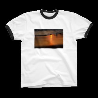Hananoのwave Ringer T-shirts