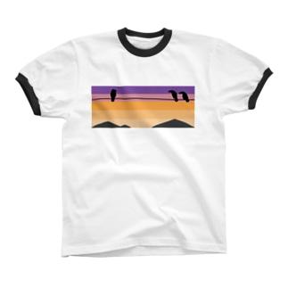夕焼けにカラス Ringer T-shirts