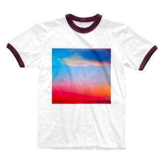 ひのまる弁当グアムの赤富士初夢一富士 Ringer T-shirts