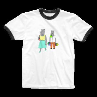 よしすみショップの荷物を持たされるサイ Ringer T-shirts