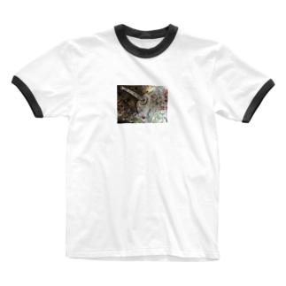 燃えるものは何か Ringer T-shirts