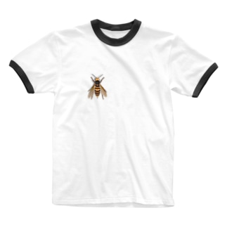 いたずらデザイン(ちょっとスズメバチついてますよ) Ringer T-shirts