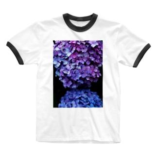 降っても照ってもそこへ行きます Ringer T-shirts