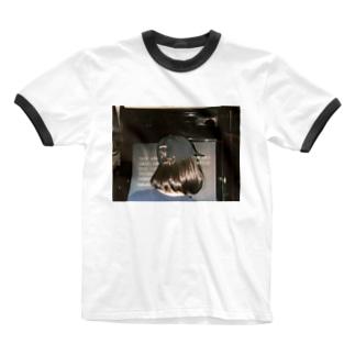 彼女とゲーセン Ringer T-shirts