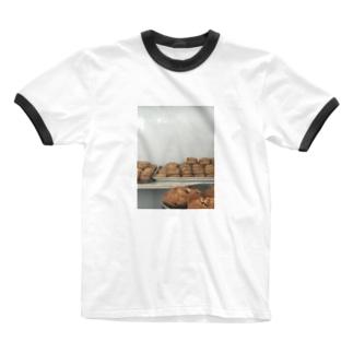スコーン Ringer T-shirts