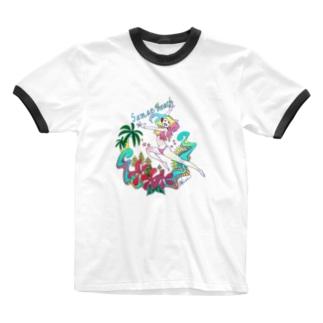 海に来た喜びを全身で表現した Ringer T-shirts