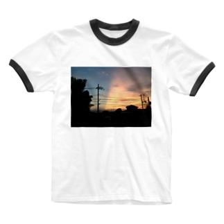 aryunの夕焼けの切れ目 Ringer T-shirts