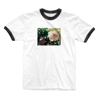 une rose Tシャツ Ringer T-shirts
