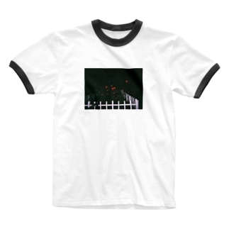 代々木公園の薔薇 Ringer T-shirts