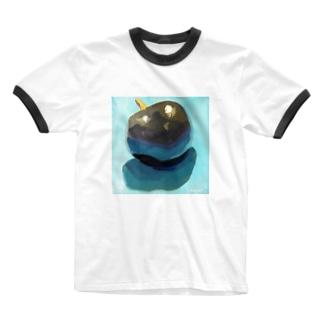 Yuri_Paintingのブラックプラム Ringer T-shirts