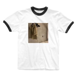 丁寧な暮らしの権化 Ringer T-shirts