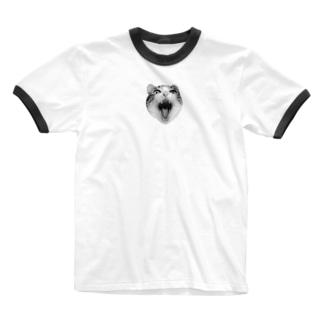 あくびしてる リ Ringer T-shirts