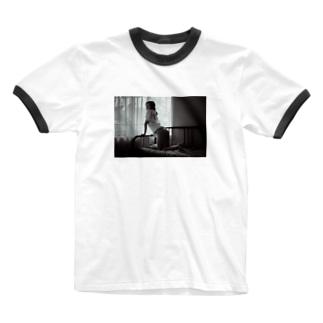 モノクロケツダシニコ Ringer T-shirts