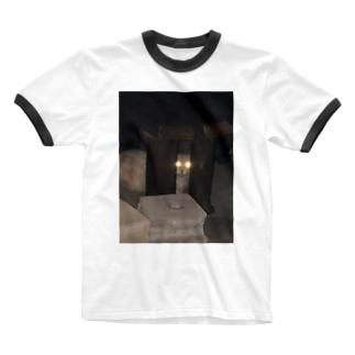 警戒のらねこ Ringer T-shirts