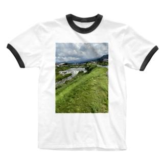 kawachu5の室見川増水 Ringer T-shirts