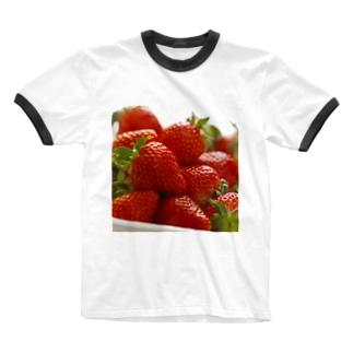 山積みいちご Ringer T-shirts