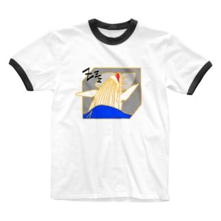 くじらも、夏バテ Ringer T-shirts