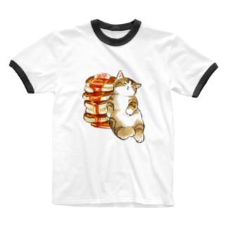 パンケーキにゃん 4段重ね Ringer T-shirts