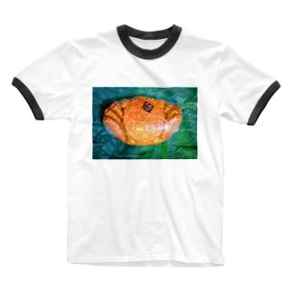 momo_emiのカニ Ringer T-Shirt