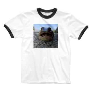 エソくん正面 Ringer T-shirts