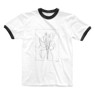 チューリップと Ringer T-shirts