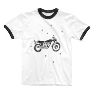 バイクで走り去る Ringer T-shirts
