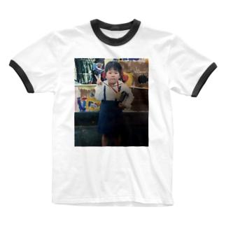 りんご病で入園式に挑んだ幼きやし Ringer T-Shirt