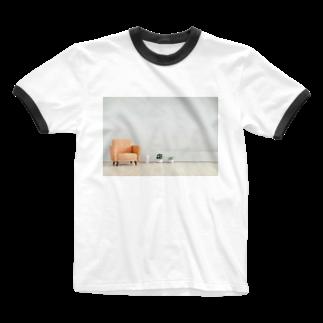 Teatime ティータイムのリビング 家 住まい ソファー Ringer T-shirts
