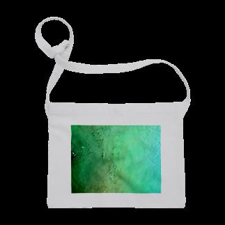 古春一生(Koharu Issey)のメロンソーダの海。(濃薄) Sacoches