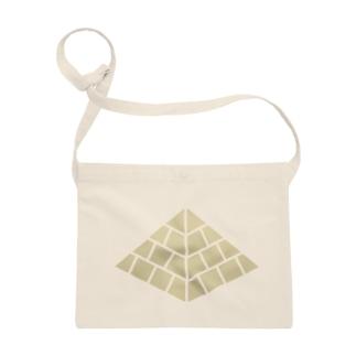 ピラミッド Sacoches