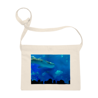 kknkakのジンベイザメの写真 Sacoches