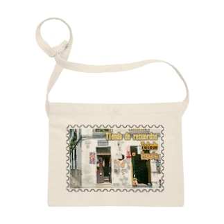 FUCHSGOLDのスペイン:トレドの土産物店★白地の製品だけご利用ください!! Spain: Souvenier shop in Toledo★Recommend for white base products only !! Sacoches