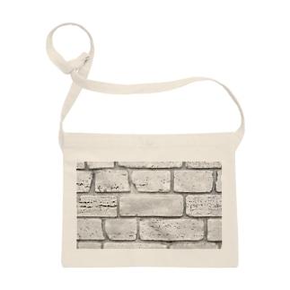 TATTUの白い壁 Sacoches